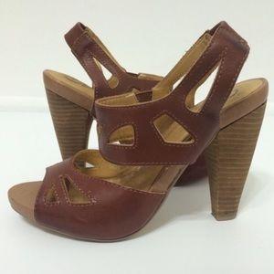Seychelles strappy stacked wood sandal heel Sz 7